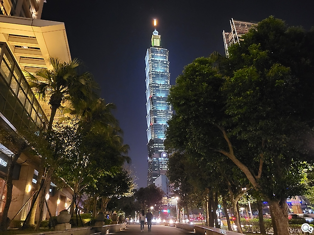 S21+台北101
