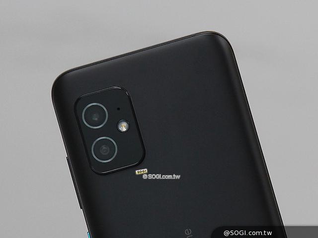 Zenfone 8 後鏡頭