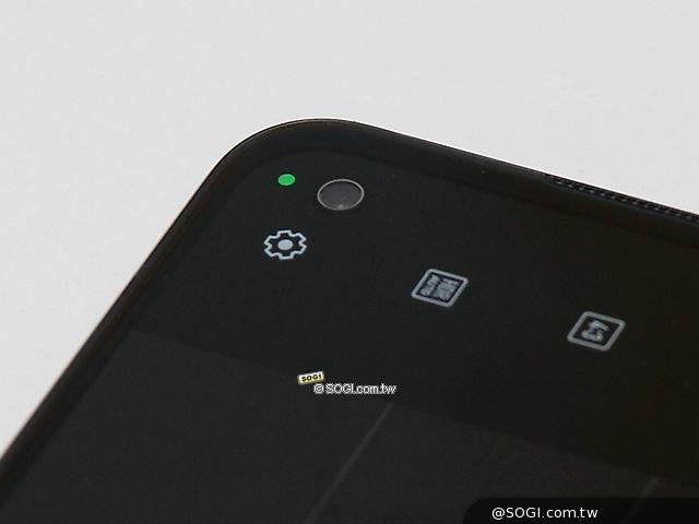 Zenfone 8 前鏡頭