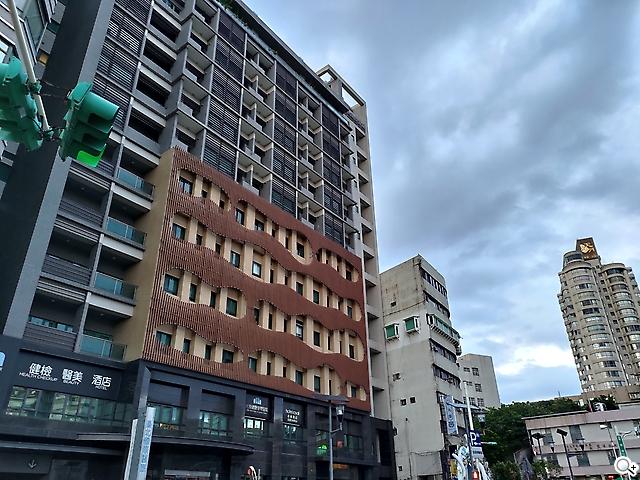 Zenfone 8 建築